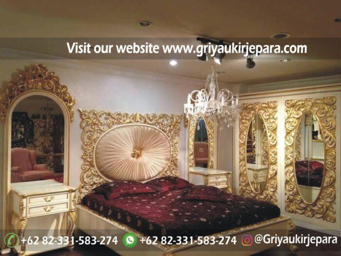 tempat tidur modern warna emas