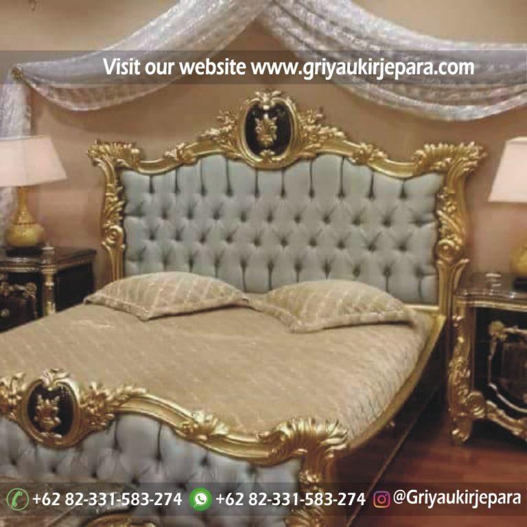 tempat tidur kamar set mewah warna Gold