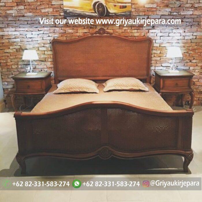 kamar set 27 - Tempat Tidur Klasik Kombinasi ROTAN BED 010