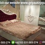 Tempat Tidur Dipan Jati Ukiran Warna Putih Kode BED 011