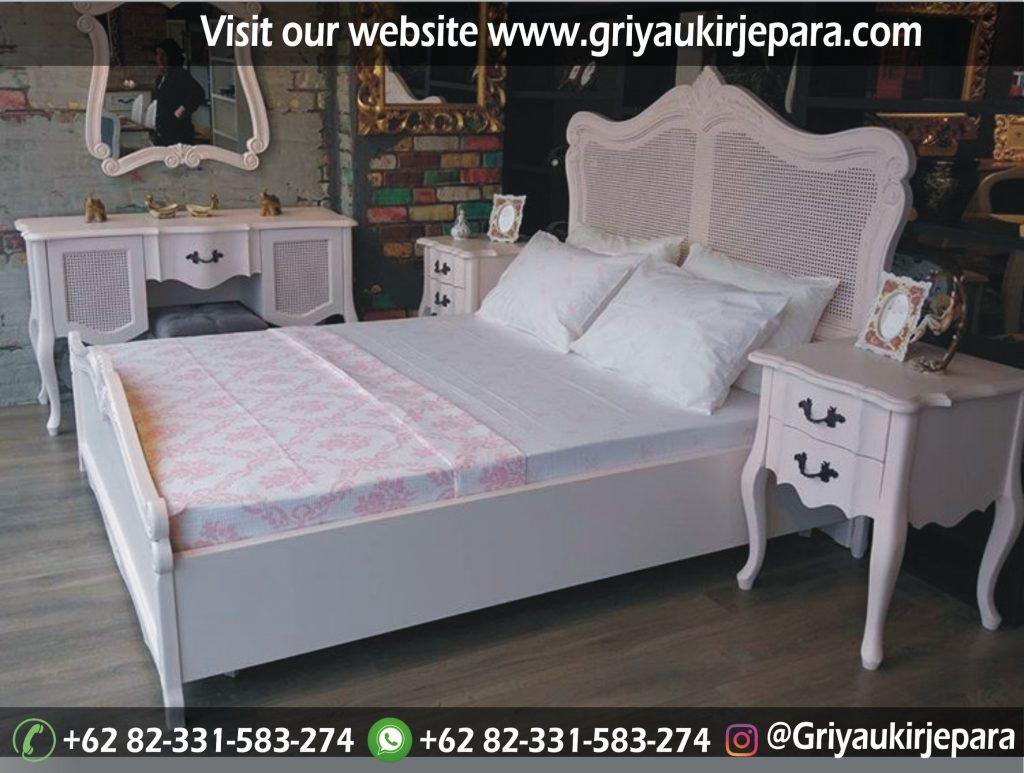 kamar set 63 1024x773 - 25 Model Tempat Tidur Modern Griya Ukir Jepara