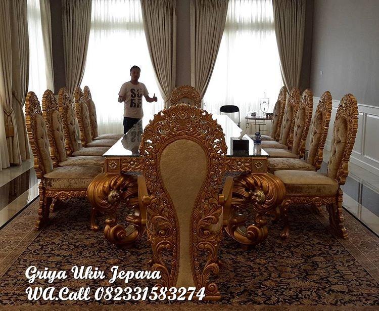 meja makan mewah 12 kursi