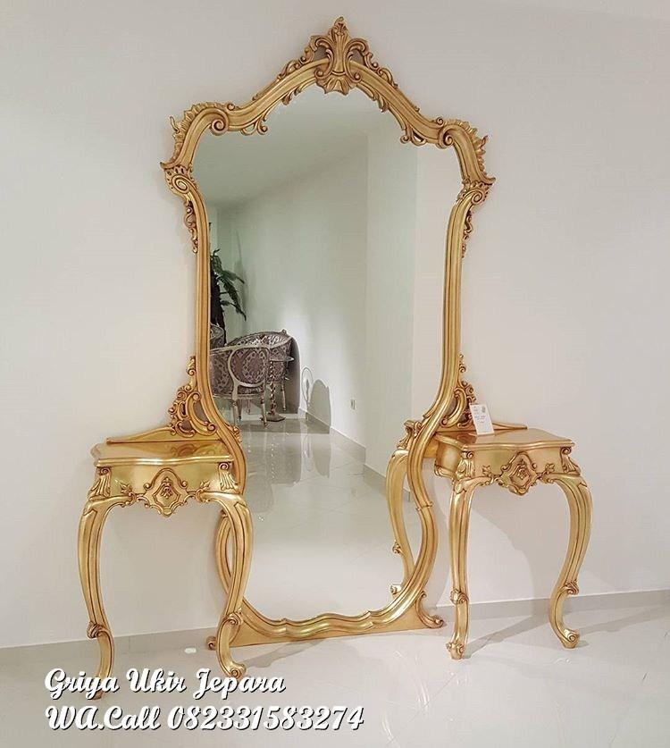 meja rias klasik unik - Meja Rias Klasik Warna Gold MRS-007
