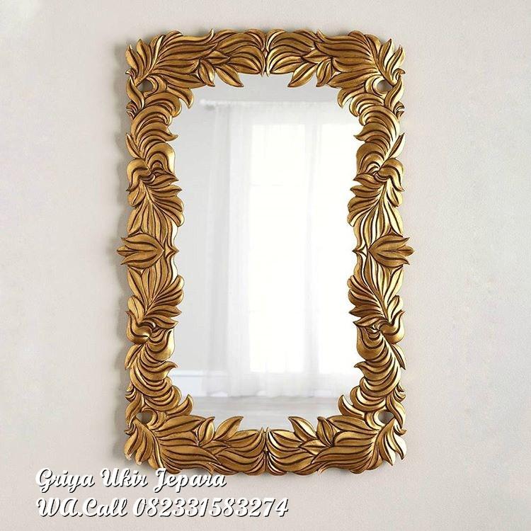 pigura cermin daun