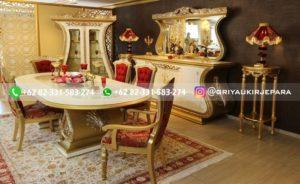 set meja makan jati mewah gold 2 300x184 - 10+ Meja Makan Jati 8 Kursi Mewah