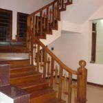 tangga kayu jati minimalis