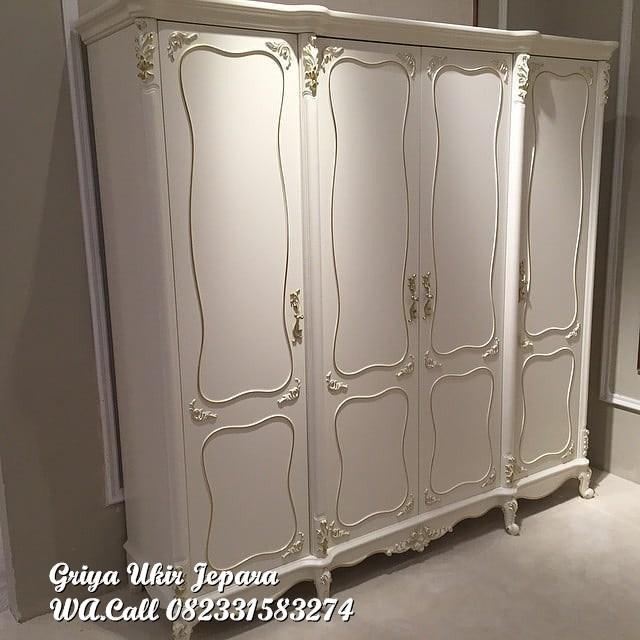 lemari pakaian mewah 4 pintu warna putih