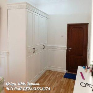 Lemari pakaian minimalis cat duco putih LP-013