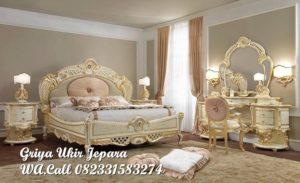 Dipan Tempat Tidur Ukiran Mewah BED-037