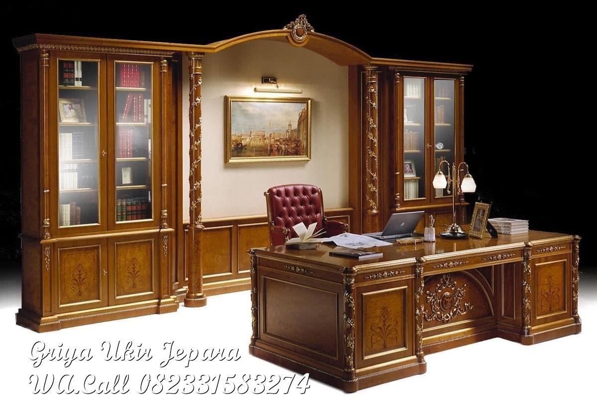 meja kerja klasik