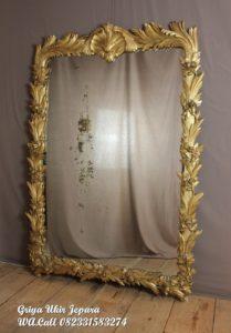 Pigura Cermin Kotak Ukiran Gold PC-016