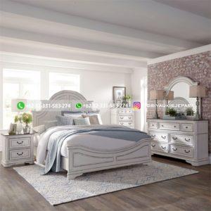 Set Tempat Tidur Jati Modern