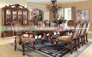 meja makan jati 8 kursi 300x186 - Meja Makan Jati Mewah Ukiran Jepara
