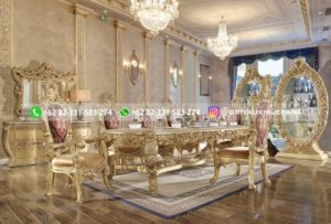 meja makan mewah jati warna emas 300x203 - Meja Makan Jati Ukiran Mewah Emas