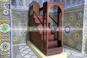 mimbar masjid133 300x200 - Mimbar Masjid Jati Ukiran Jepara