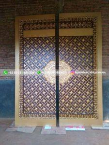 replika pintu masjid nabawi 2 225x300 - Pintu Jati Replika Pintu Masjid Nabawi
