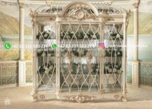 lemari hias kaca kayu jati mewah warna putih 300x216 - Lemari Hias Kaca Kayu Jati Mewah Warna Putih