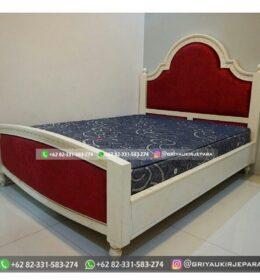 Model Tempat Tidur Kayu Jati Jepara