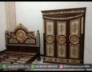 Model Tempat Tidur Ukiran Mewah Mebel Jepara 300x234 - Model Tempat Tidur Ukiran Mewah Mebel Jepara