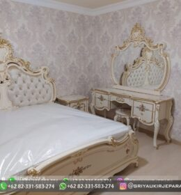 Tempat Tidur Model Mewah Griya Ukir Jepara