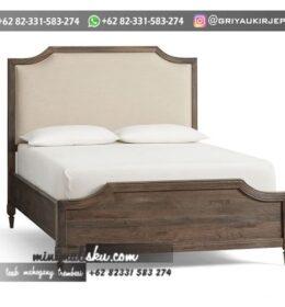 Tempat Tidur Model Mewah Simpel
